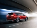 2017-Honda-CR-V-Driving