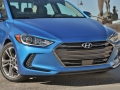2017-Hyundai-Elantra-Review-11