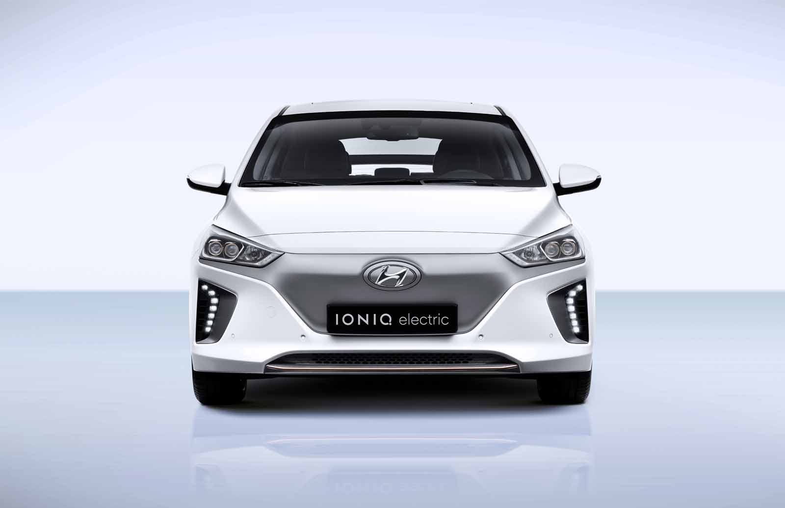 Hyundai Ioniq EV Expected to Have 110-Mile Range in US ...