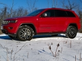 2017-Jeep-Grand-Cherokee-Trailhawk-ILIKA-1600x1067001