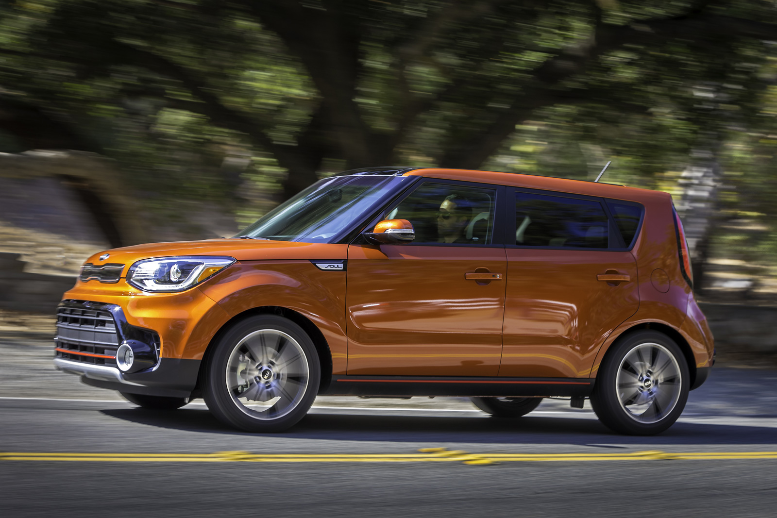 kia soul gains turbo power with 2017 exclaim model. Black Bedroom Furniture Sets. Home Design Ideas