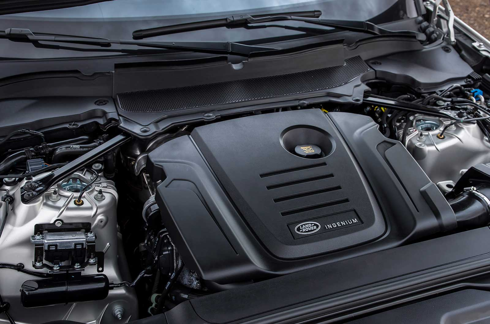 discovery facelift review express land auto rover landrover engine sport diesel