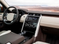 2017-Land-Rover-Discovery-Diesel-Interior-01