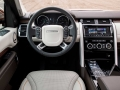 2017-Land-Rover-Discovery-Diesel-Interior-02