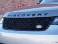 2017-Land-Rover-Discovery-Grille-01