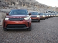 2017-Land-Rover-Discovery-Lineup-02
