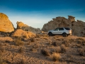 2017-Land-Rover-Discovery-Off-Road-02