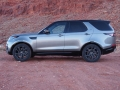 2017-Land-Rover-Discovery-Profile-02