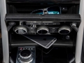 2017-Land-Rover-Discovery-Storage-01