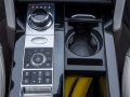 2017-Land-Rover-Discovery-Storage-02
