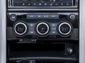 2017-Land-Rover-Discovery-Storage-04