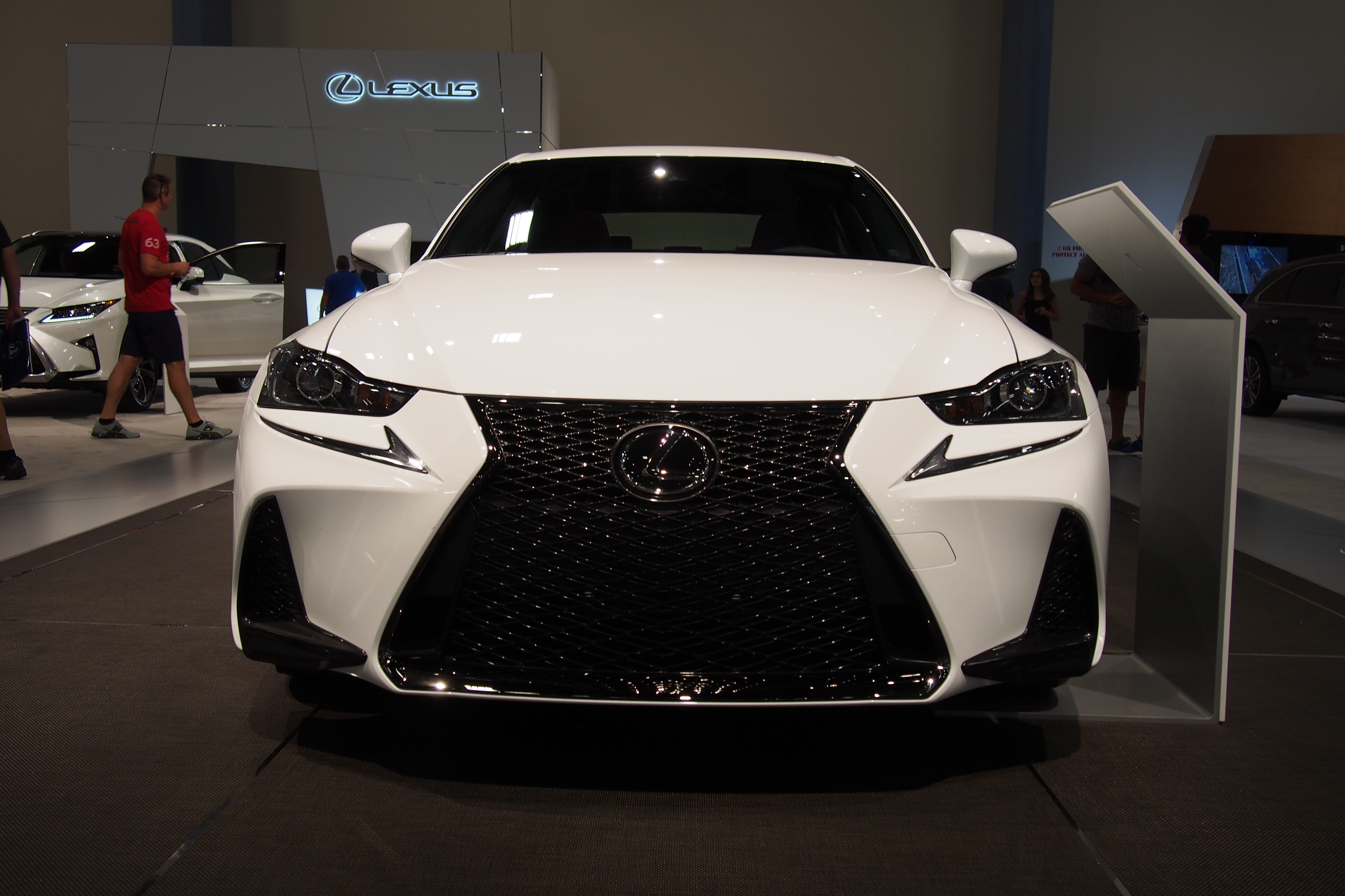 http://www.autoguide.com/blog/wp-content/gallery/2017-lexus-is-live-photos-9-10-2016/2017-Lexus-IS-Front-02.JPG