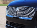 2017-Lincoln-Continental-Reserve-Grille