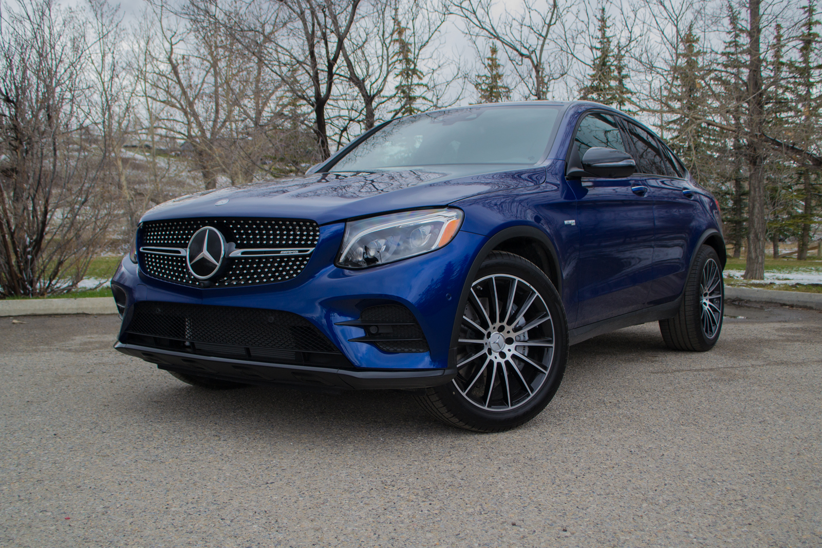 https://www.autoguide.com/blog/wp-content/gallery/2017-mercedes-benz-glc-class-coupe-review/2017-Mercedes-AMG-GLC43-Coupe-ILIKA-1600x1067-006.jpg