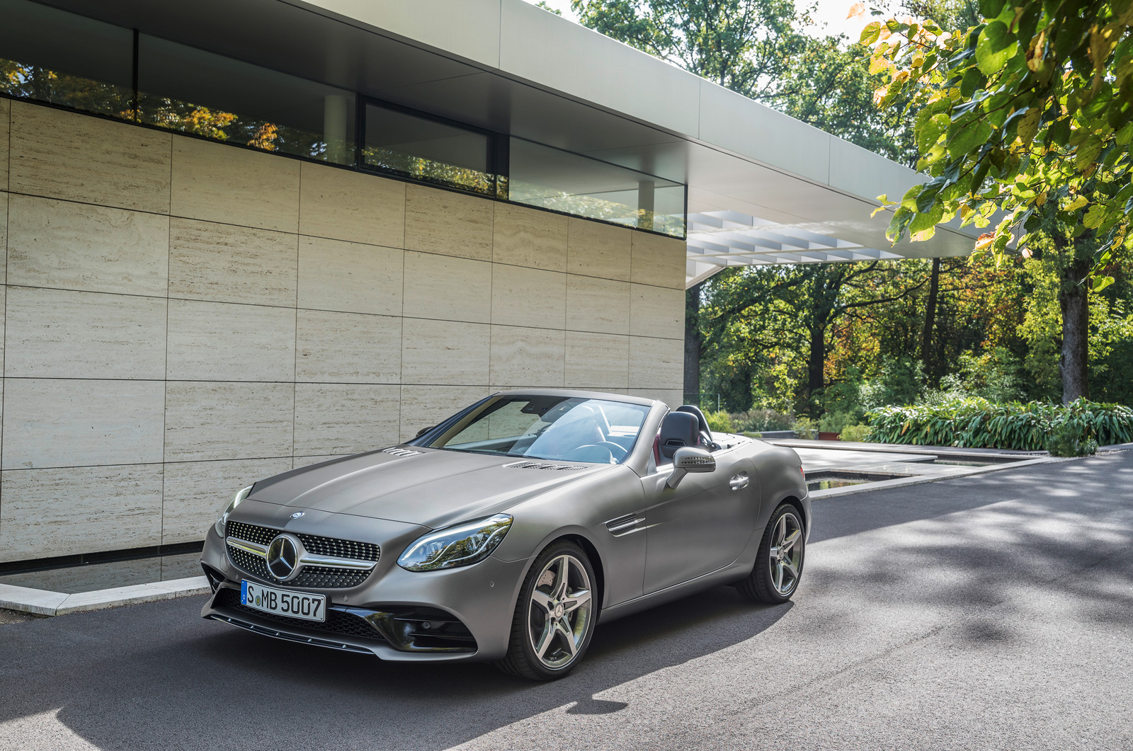 2017 mercedes benz slc replaces slk with turbo power for Slc mercedes benz