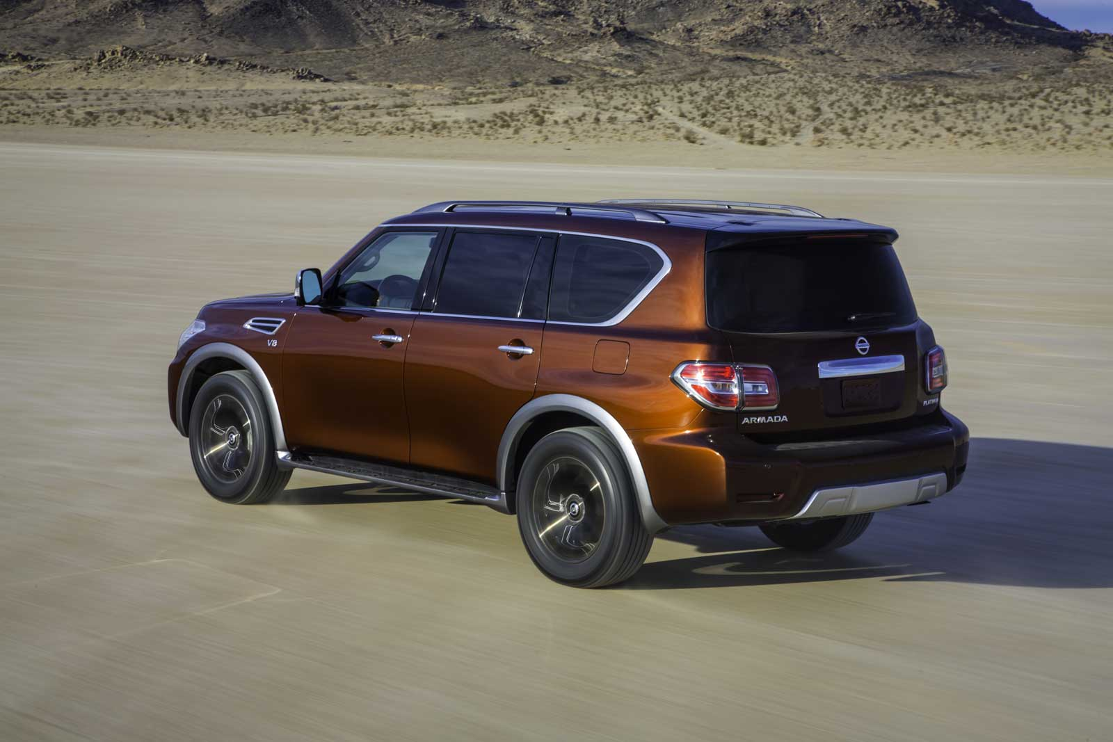 2017 Nissan Armada Unveiled with 8,500-Pound Towing Capacity