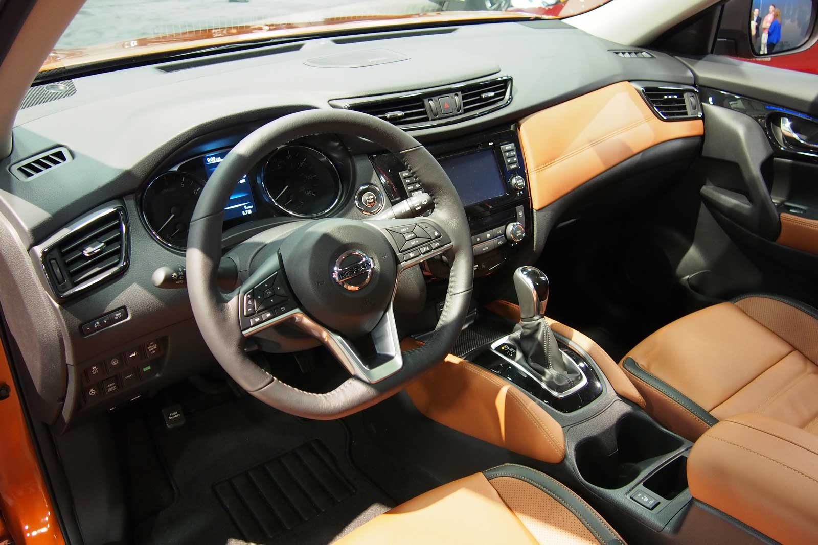 ... 2017 Nissan Rogue Live Photo Interior 02 ...