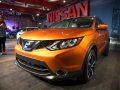 2017-Nissan-Rogue-Front-01