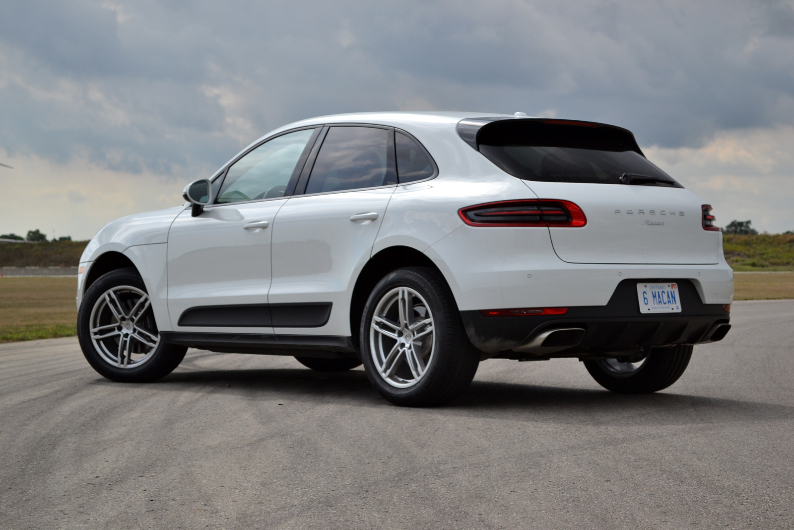 porsche cayenne prices reviews and new model information autos post. Black Bedroom Furniture Sets. Home Design Ideas
