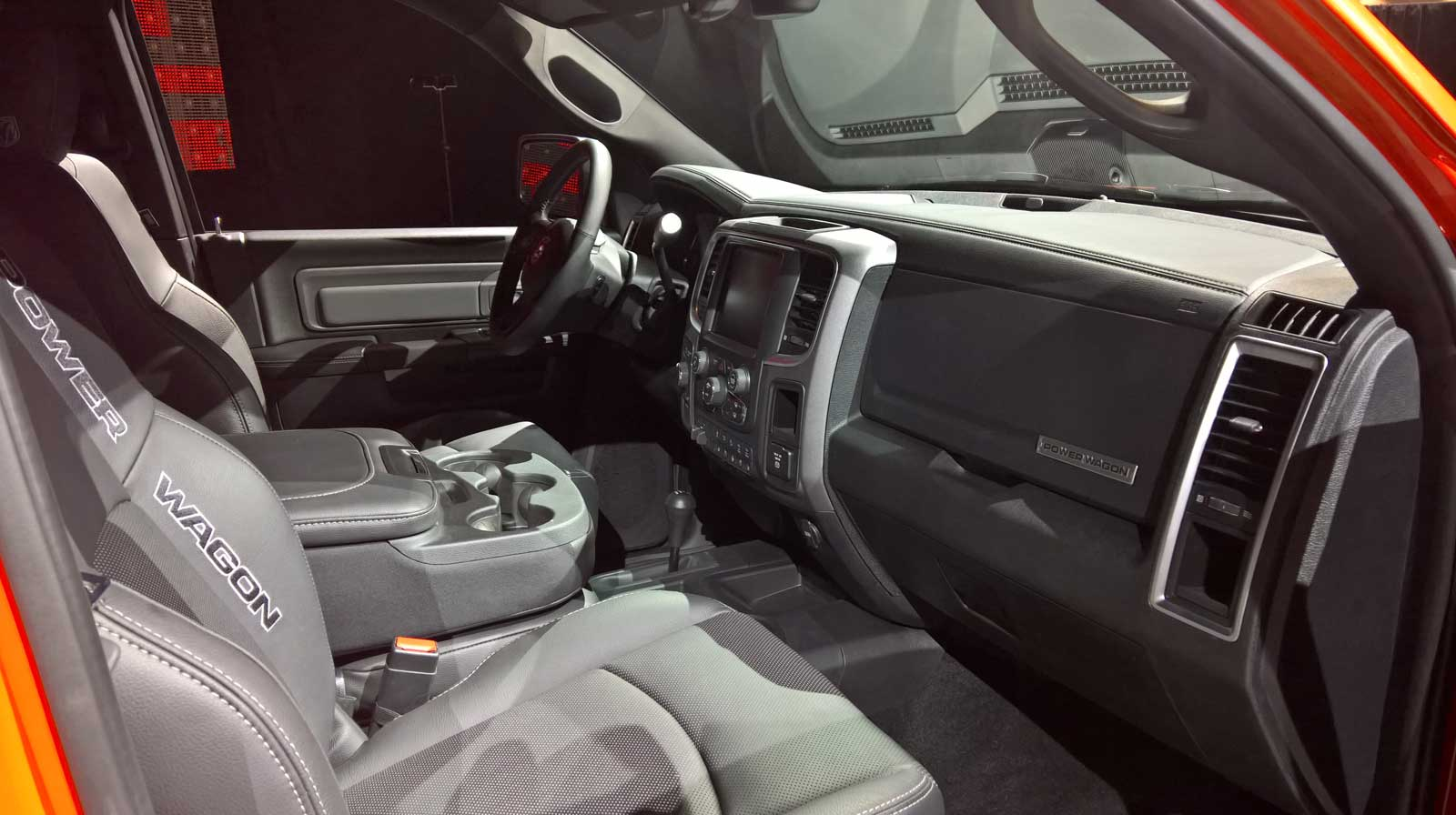 100 Mitsubishi Adventure 2017 Interior Seats Land Rover Discovery 2017 Review By Car