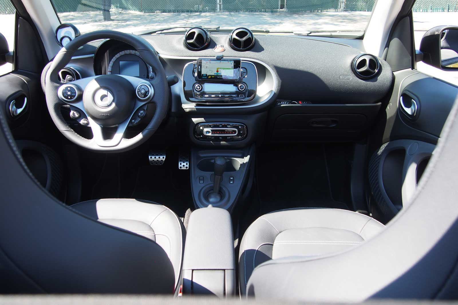 2017 Smart Fortwo Cabriolet Interior 03