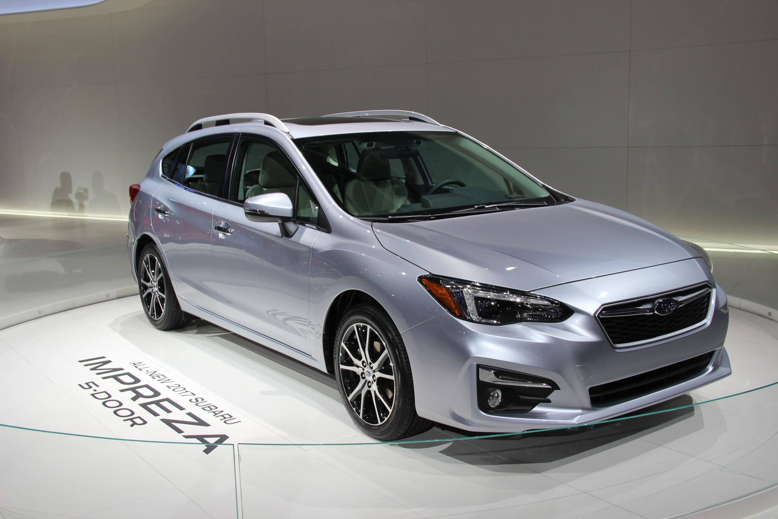 2017 subaru impreza is roomier slightly more powerful. Black Bedroom Furniture Sets. Home Design Ideas