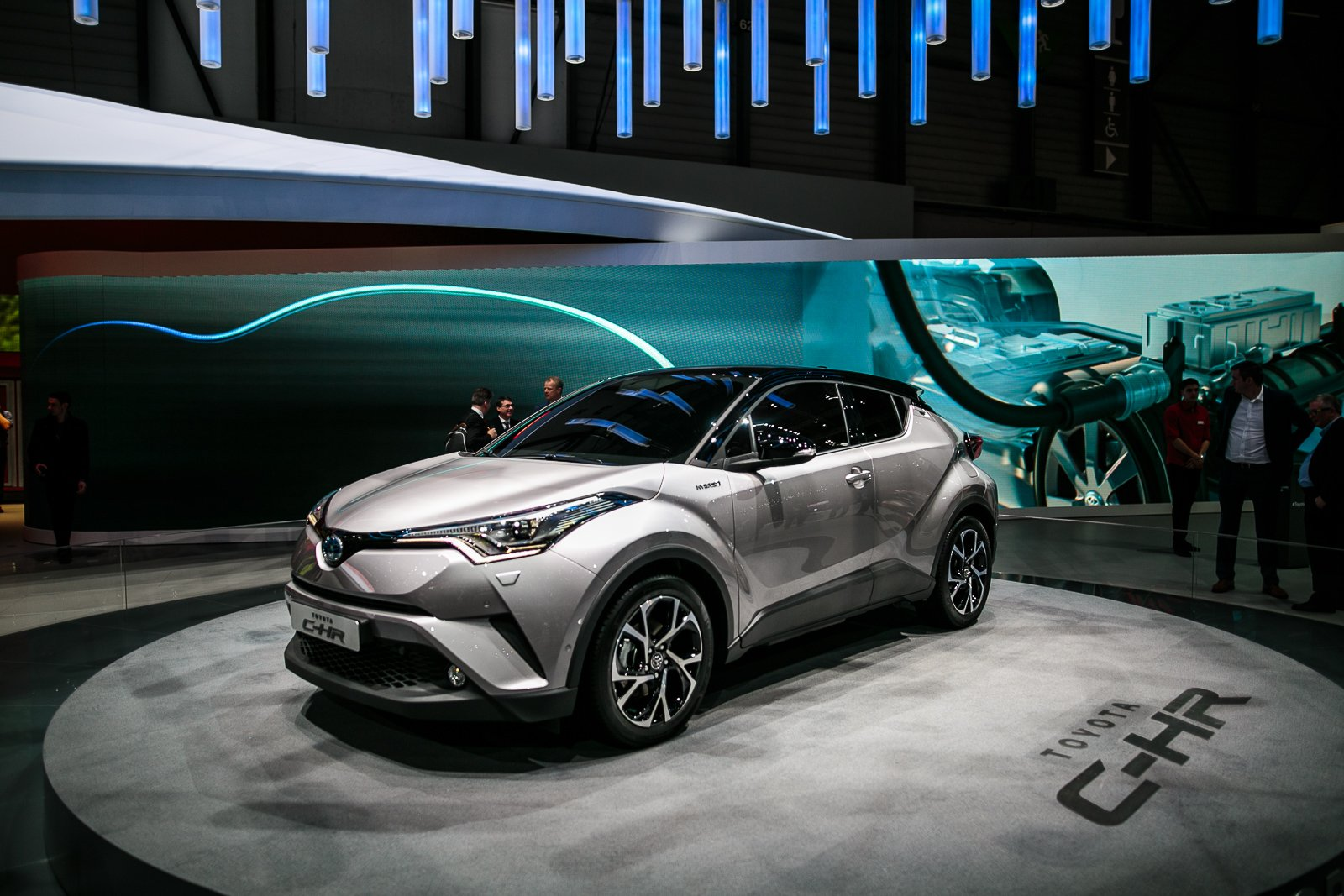 toyota c hr crossover revealed with prius power news. Black Bedroom Furniture Sets. Home Design Ideas