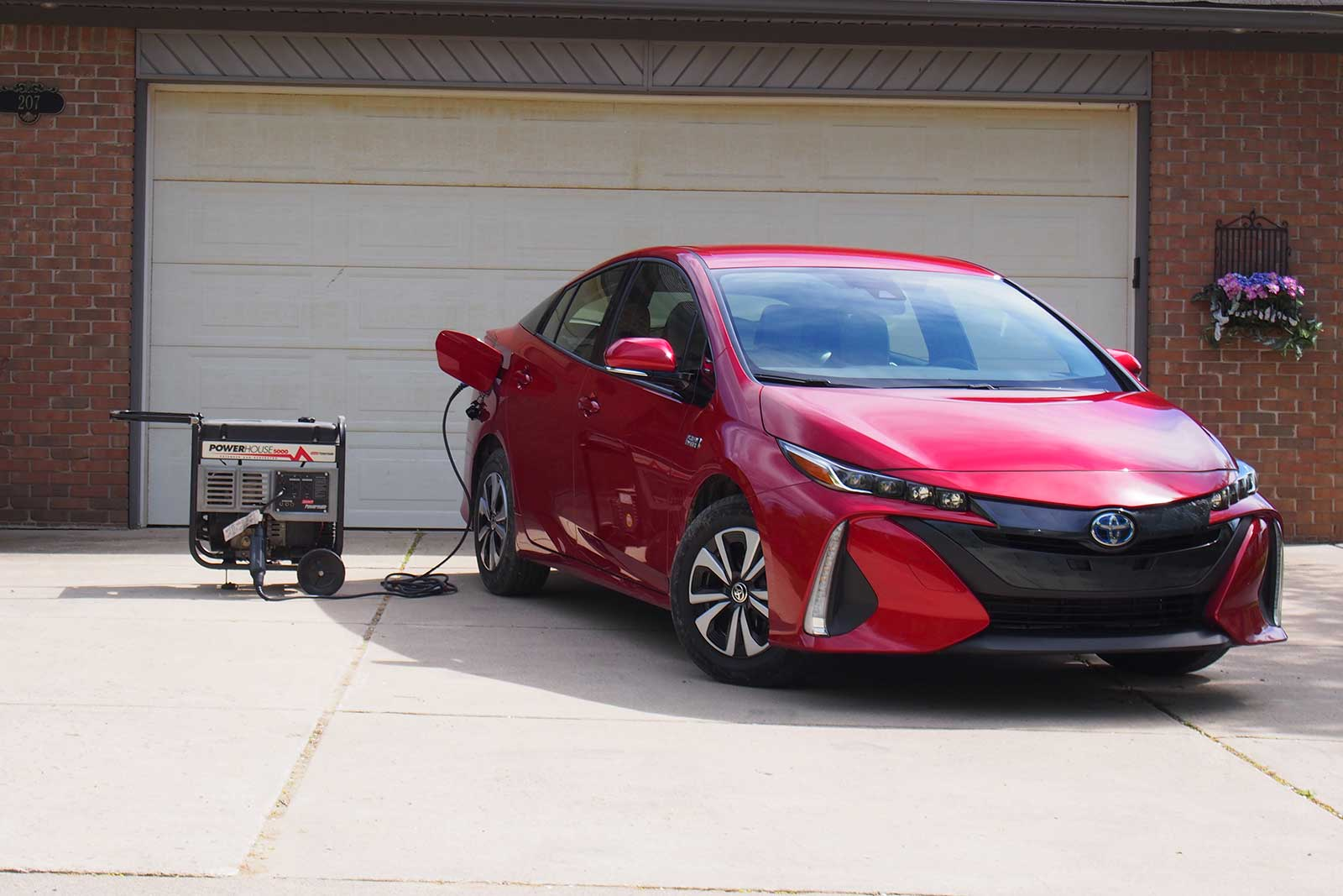 2017 toyota prius prime plug in review. Black Bedroom Furniture Sets. Home Design Ideas