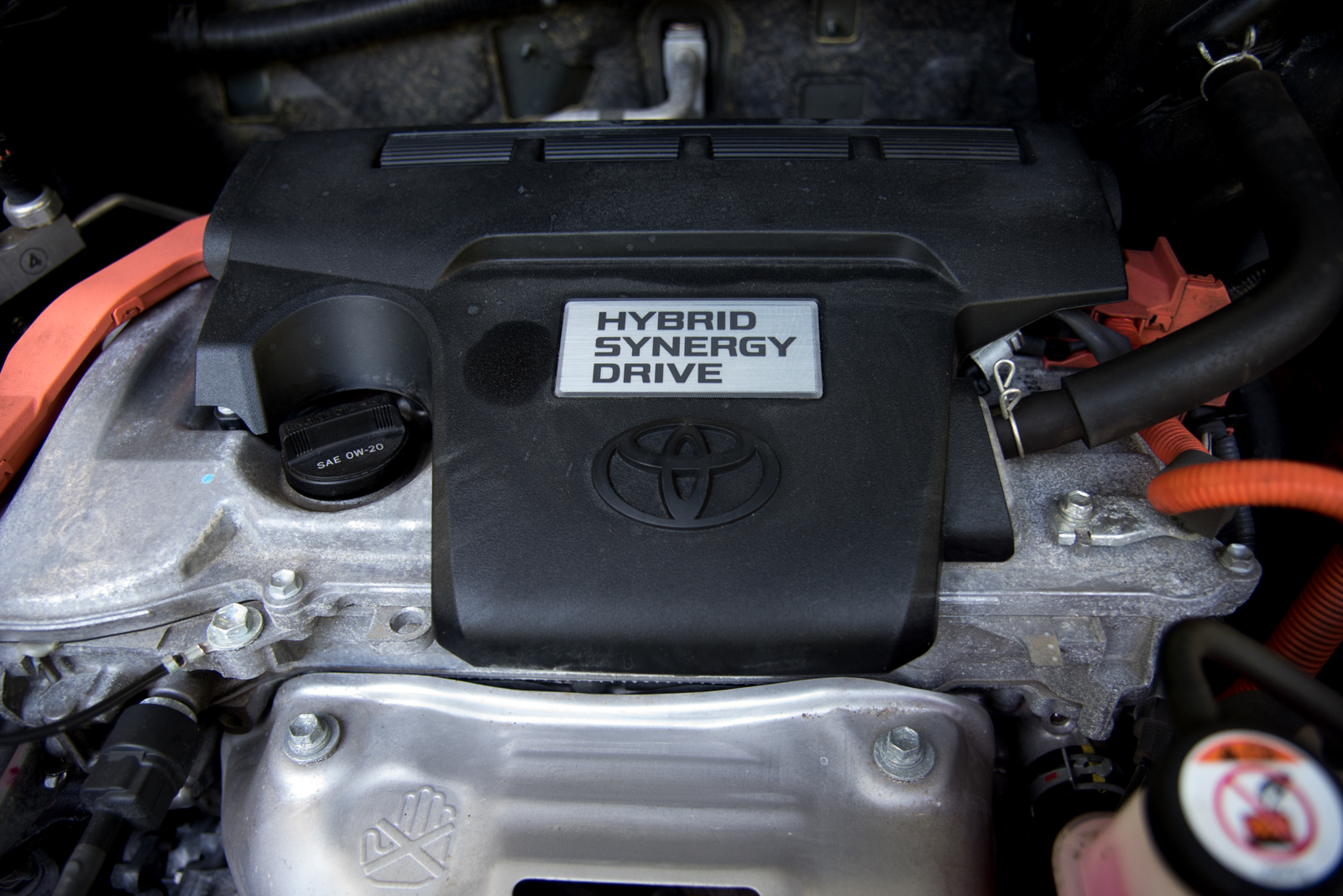 Hybrid engine - the pros and cons