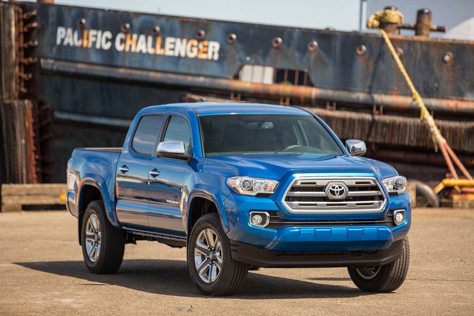Hybrid Pickup Trucks >> Toyota Isn T Ruling Out The Idea Of A Hybrid Pickup Truck