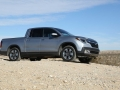 2017-Truck-of-the-Year-Honda-Ridgeline-Off-Roading-04