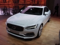2017-Volvo-S90-Front-03