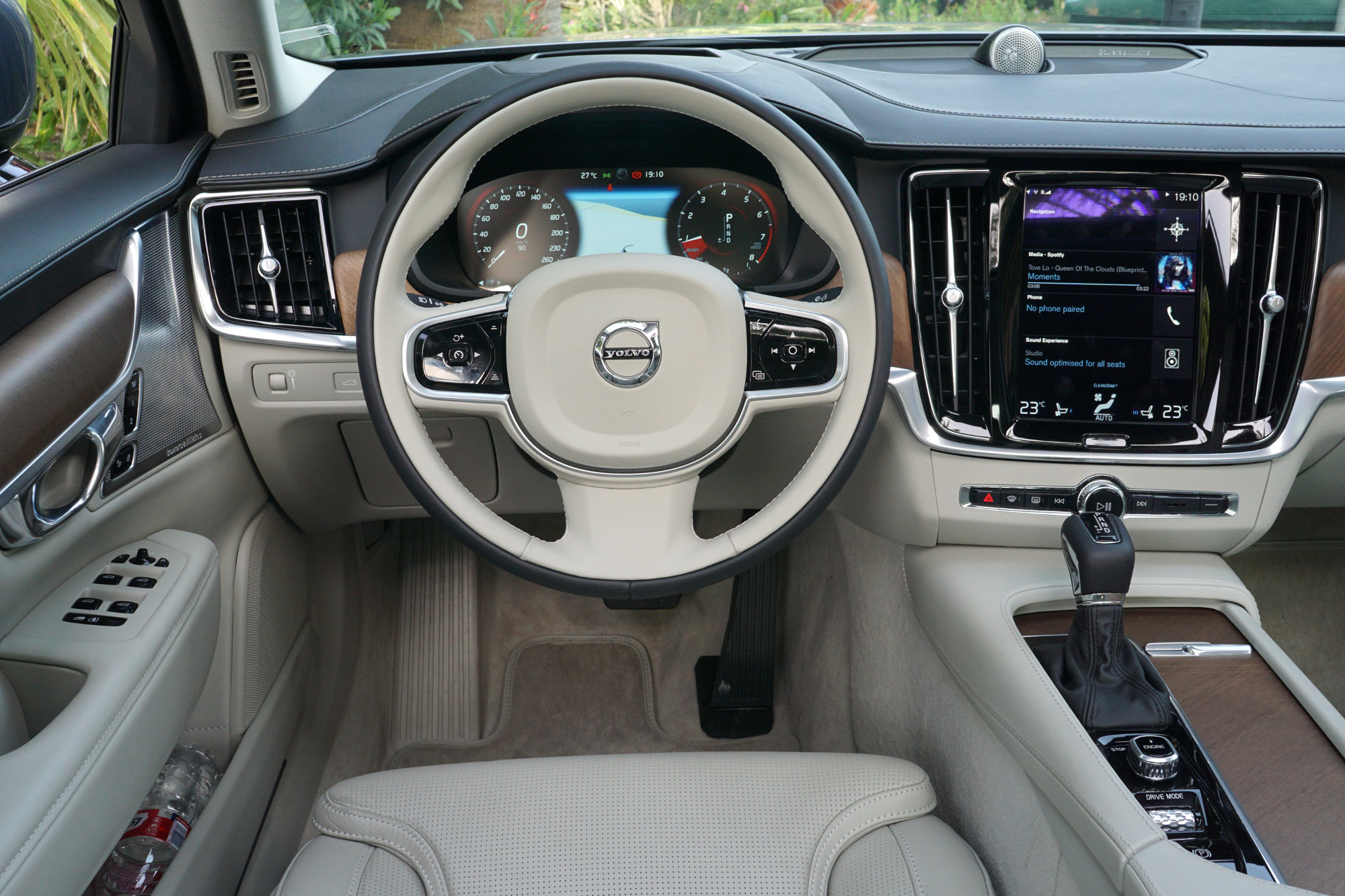 volvo xc60 review consumer reports 2017 2018 2019 ford price release date reviews. Black Bedroom Furniture Sets. Home Design Ideas