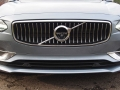 2017-Volvo-S90-T6-AWD-Inscription-Grille-02