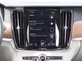 2017-Volvo-S90-T6-AWD-Inscription-Infotainment-System-02