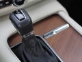 2017-Volvo-S90-T6-AWD-Inscription-Shifter-02
