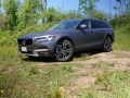 2017 Volvo V90 Cross Country (1)
