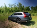2017 Volvo V90 Cross Country (12)