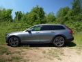 2017 Volvo V90 Cross Country (13)