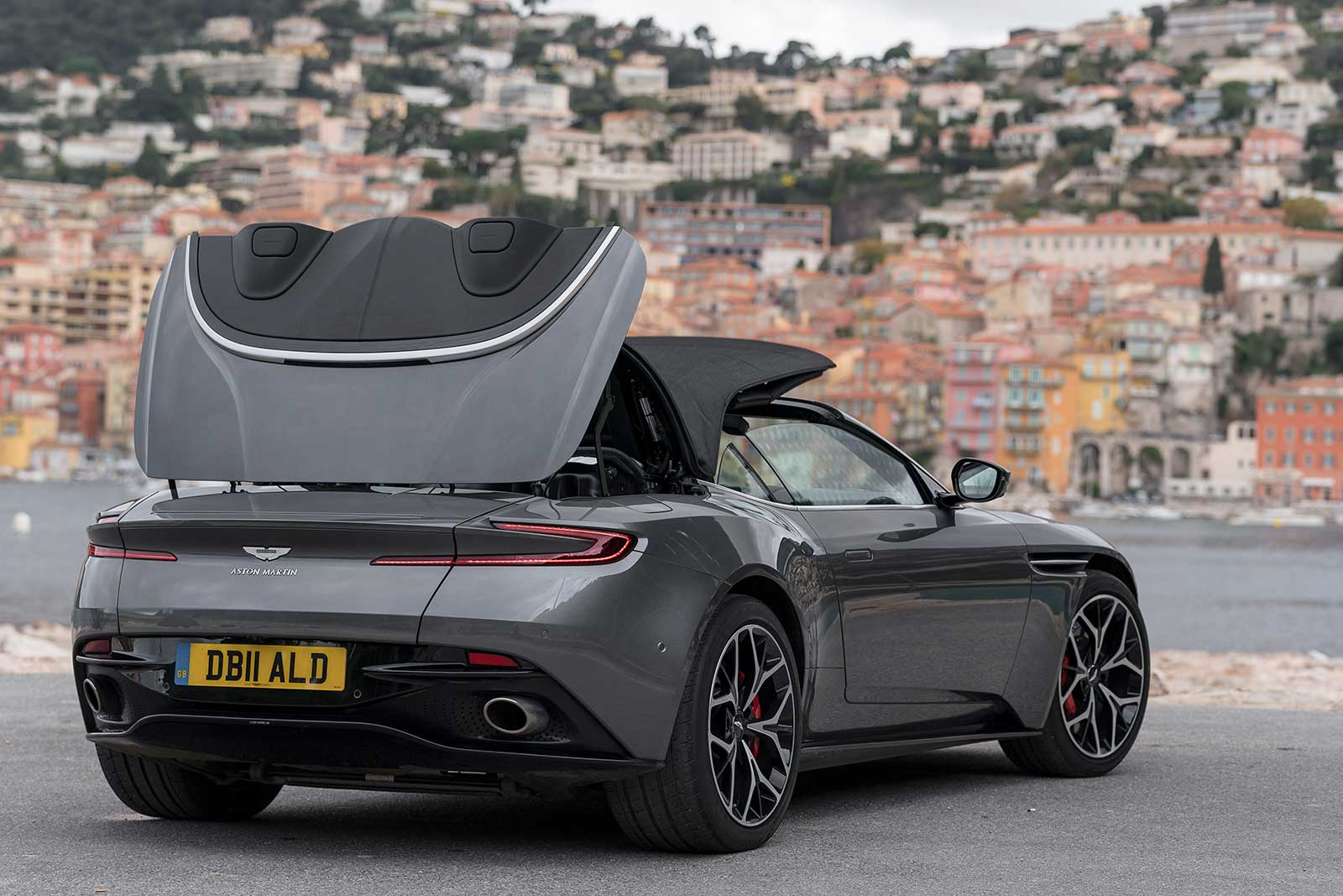 2018 Aston Martin DB11 Volante Rear Top Folding ...