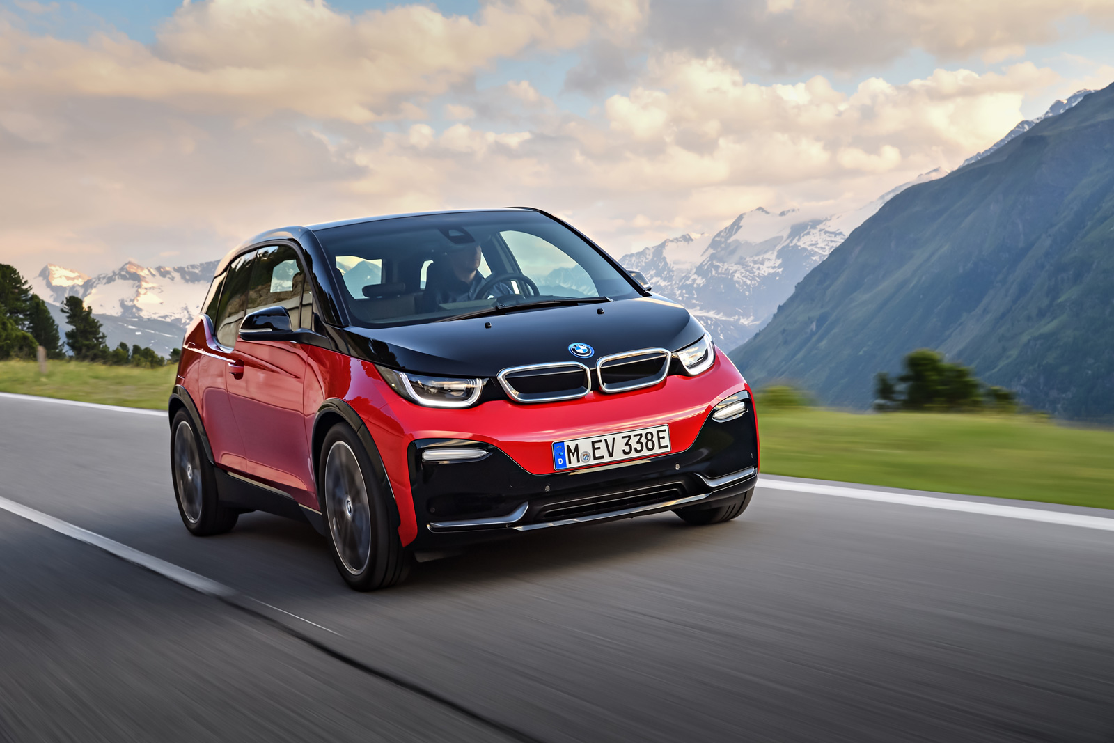 bmw forum bmw adds sportier i3s model to refreshed lineup. Black Bedroom Furniture Sets. Home Design Ideas