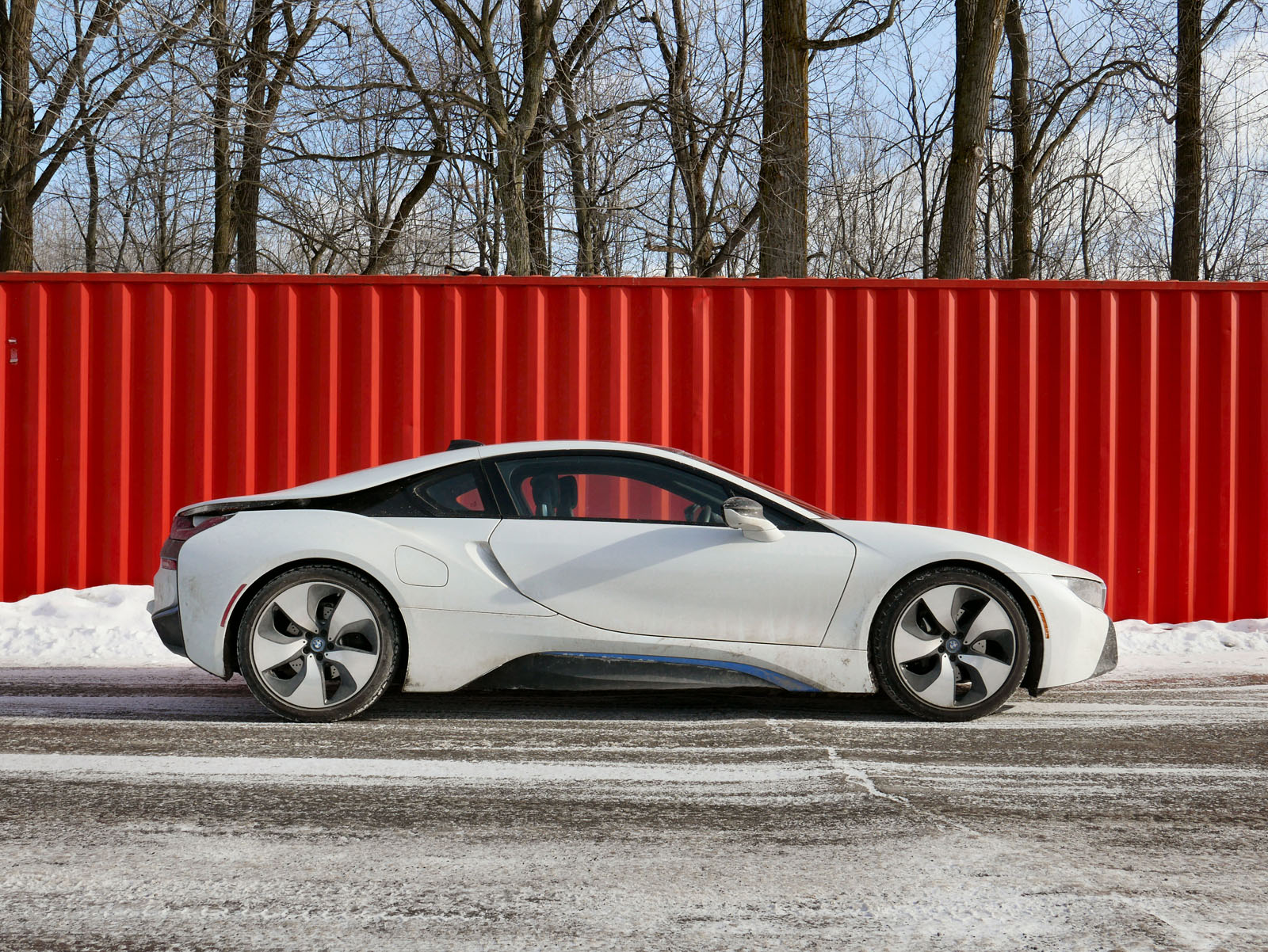 Bmw I8 5 Things I Learned Winter Driving A Hybrid Supercar