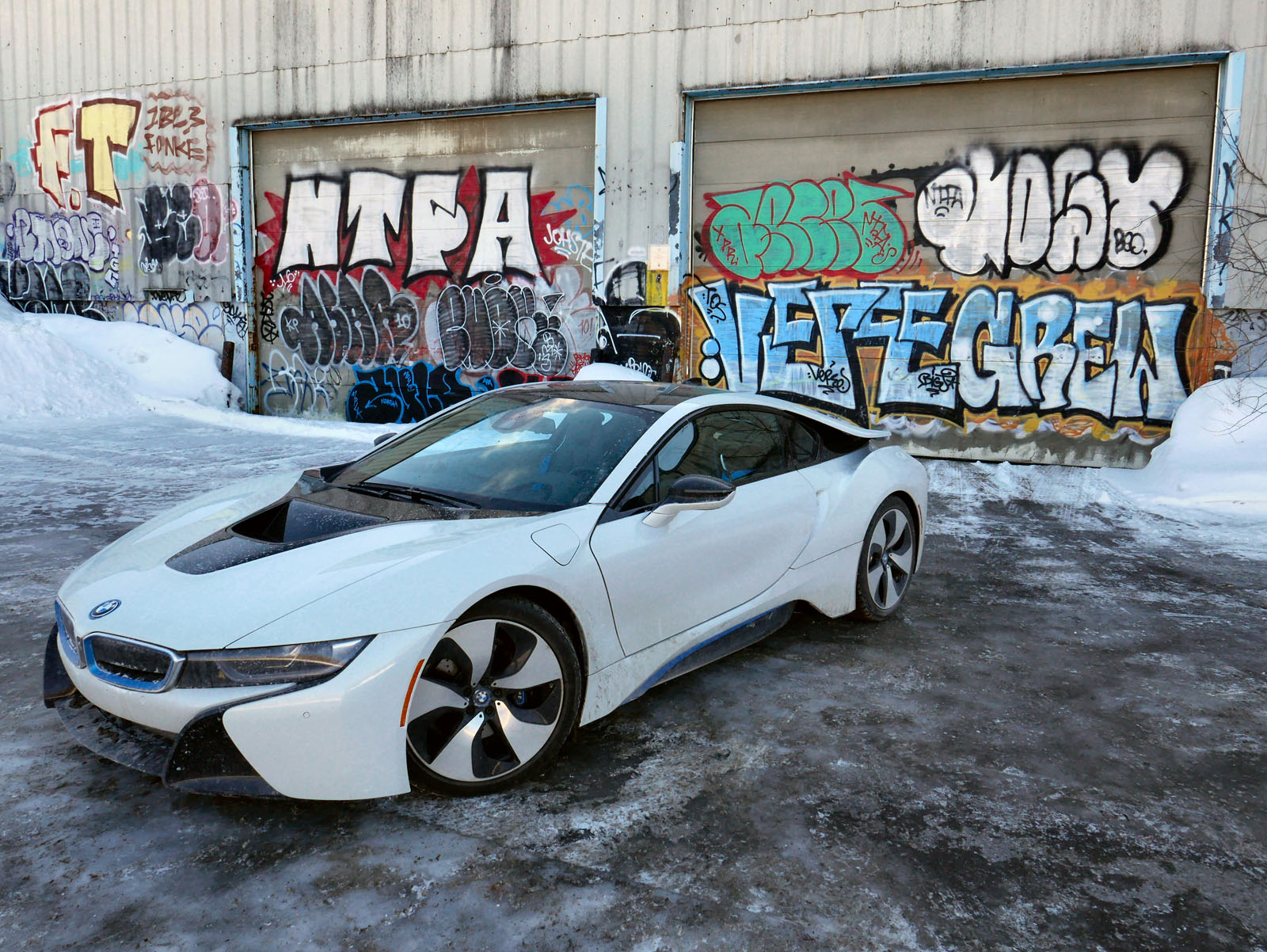 2018 BMW I8 Winter Ben Hunting 21