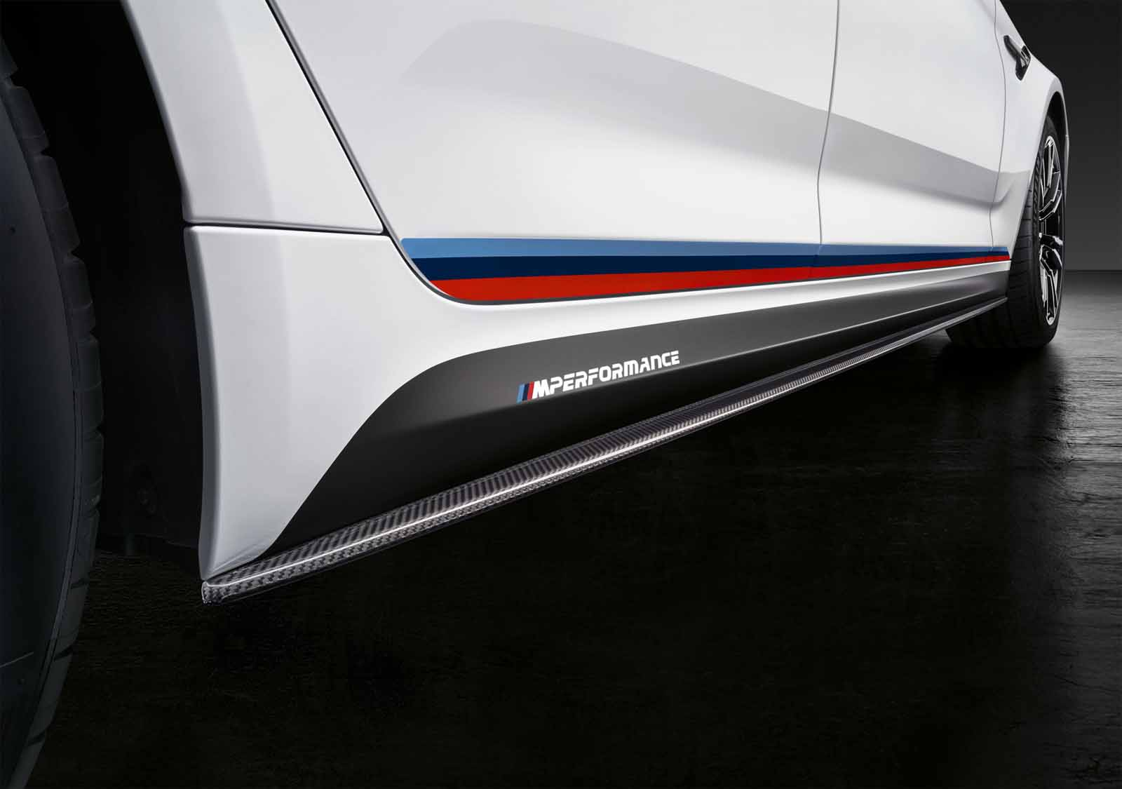 new m performance parts have us drooling over the 2018 bmw m52018 bmw m5 sema 5