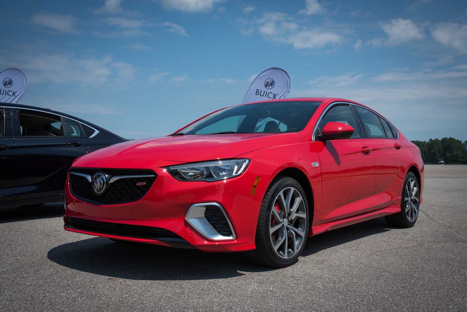 2018 Buick Regal Gs Front 02