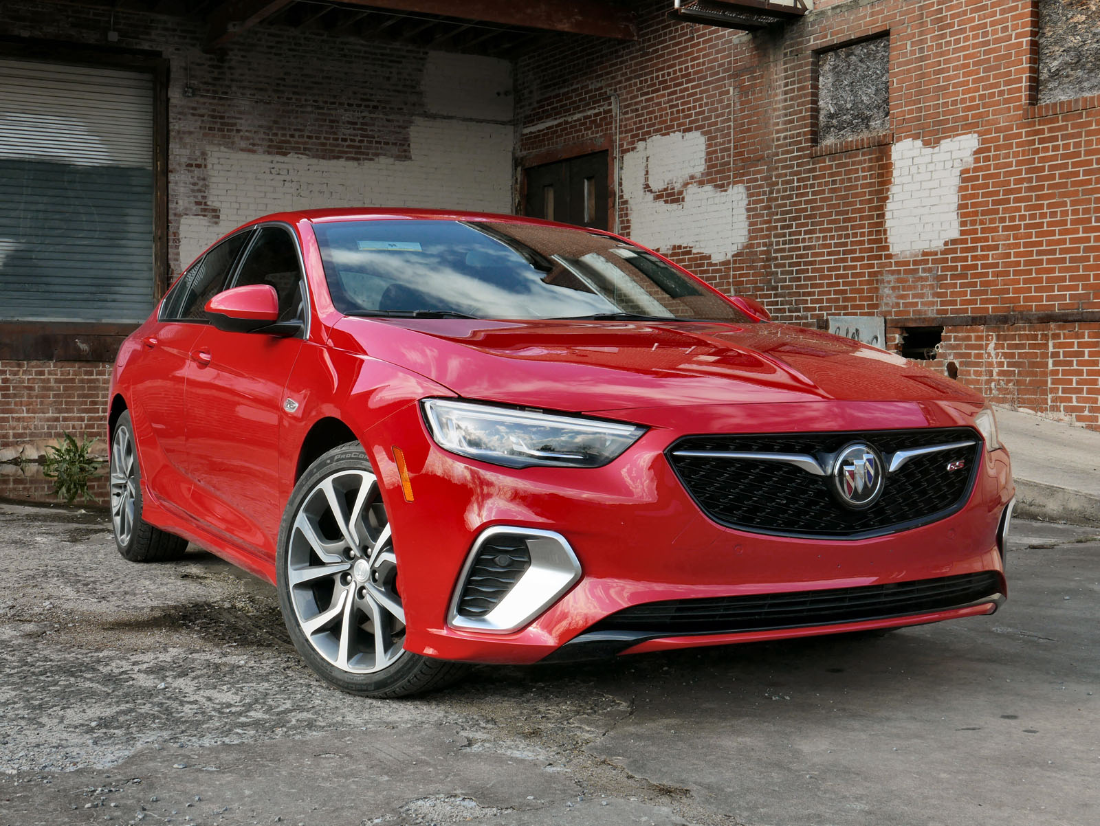 2018 Buick Regal Gs Review Ben Hunting 14