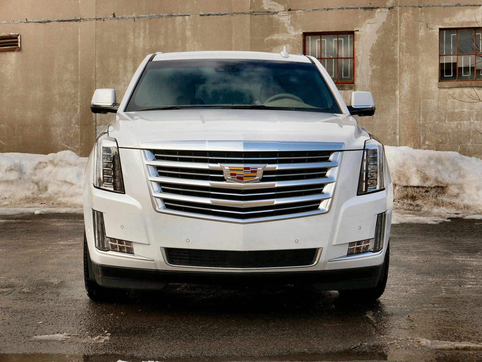 a reviews trend cars escalade suv rating and cadillac is angular luxury motor front how much