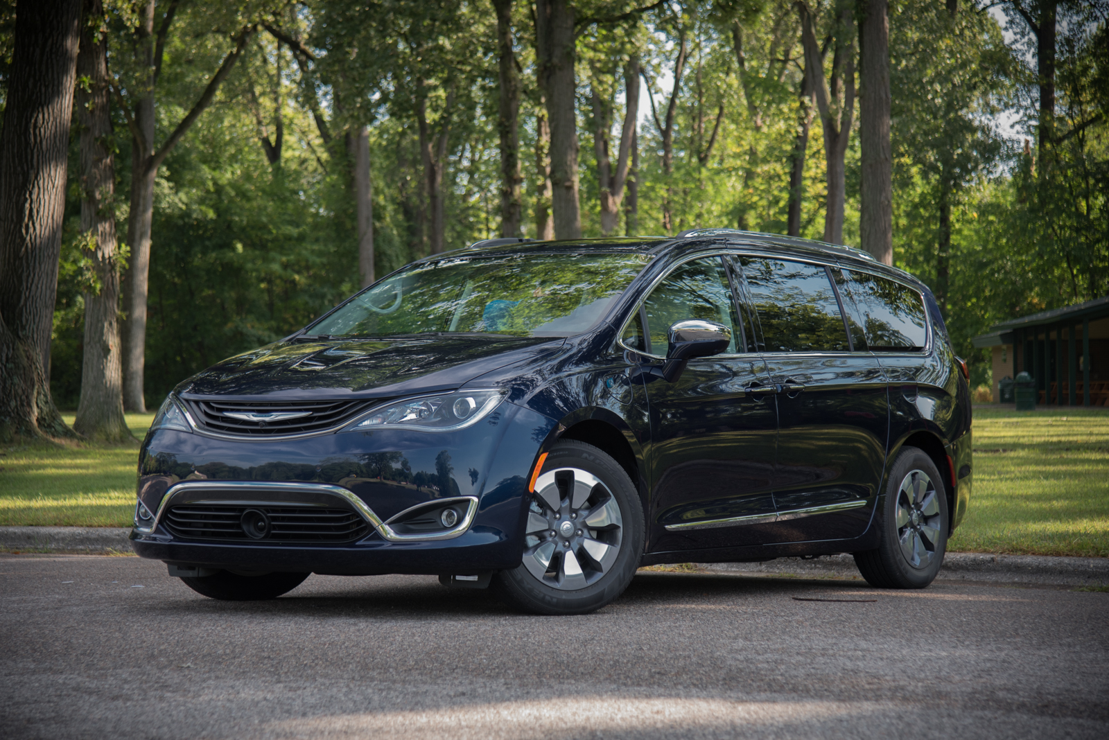 Pacifica Hybrid Forum >> 7 Things To Know About The Chrysler Pacifica Hybrid Autoguide Com News