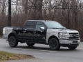2018-ford-f-150-spy-photos-07