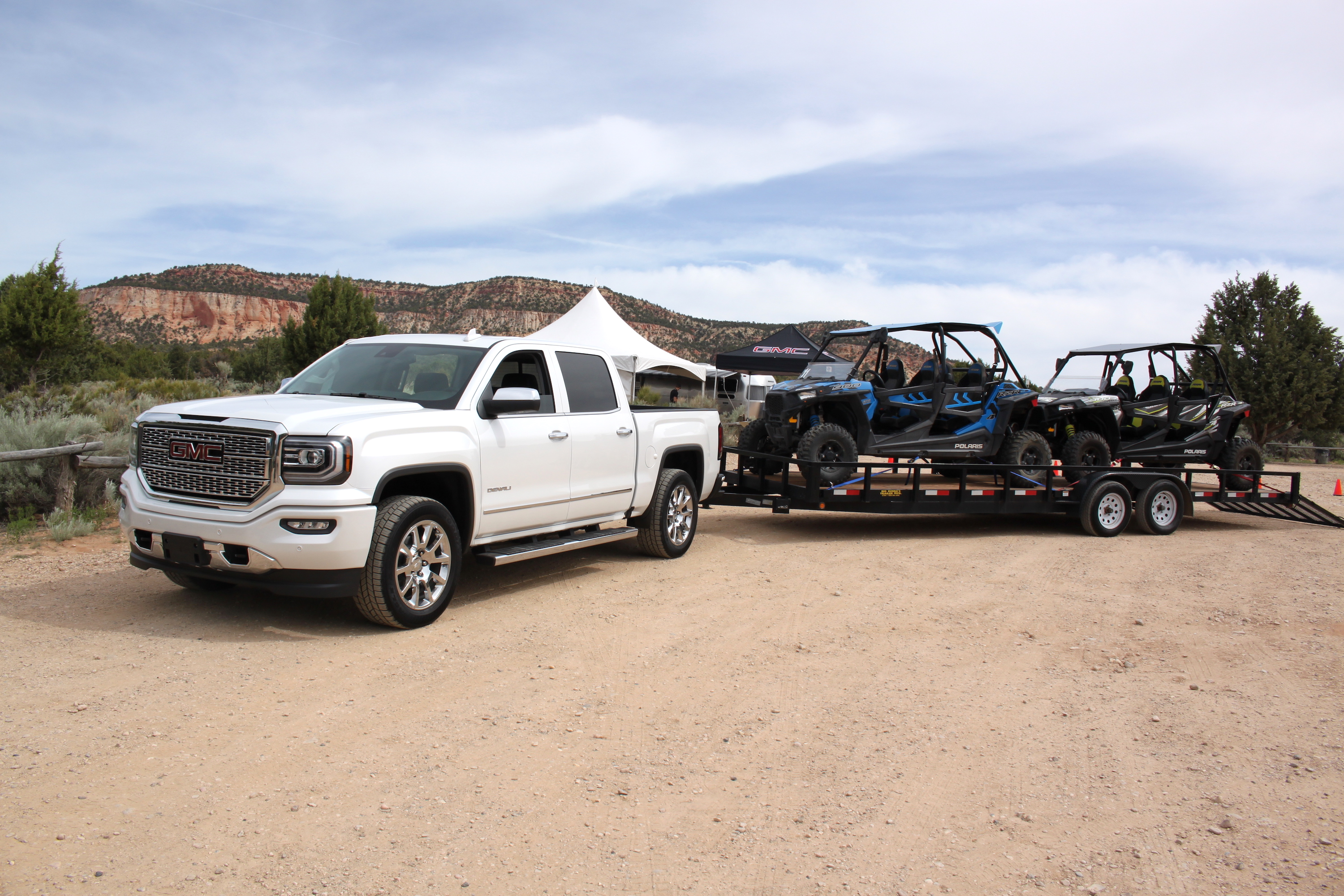 Facing My Towing Fears In The 2018 Gmc Sierra 1500 Denali Autoguide Com